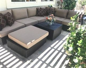 Great like new patio sectional  grouping