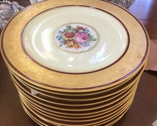 Set of 12 heavy gold vintage Bavarian plates, Excellent condition!
