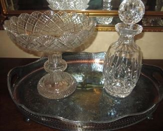 DECANTER AND PEDESTAL BOWL