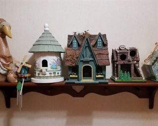 Birdhouses, Shelf