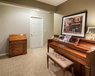 Piano and Secretary