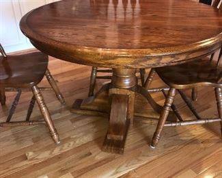 WOODEN ROUND DINING TABLE W/3 CHAIRS