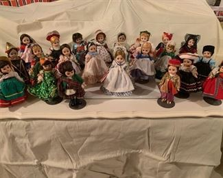 .....a group of beautiful Madame Alexander dolls!