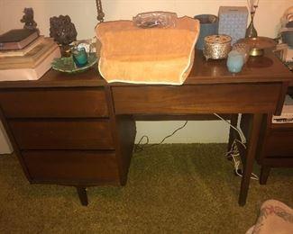 Vintage desk $35