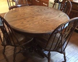 Pennsylvania House table with 6 chairs.  Also has one leaf.