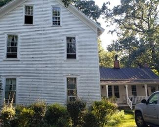 Back portion of house dates to 1850, pre-civil war.