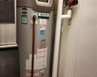 AO Smith Gas Hot Water Heater BTH 150 200
