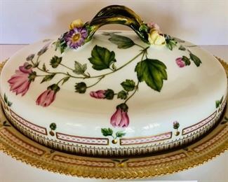 Flora Danica by Royal Copenhagen, Large Covered Platter/Serving Dish
