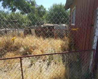 Chain link fence pleces