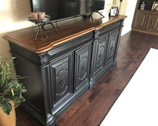 Hand made Italian credenza 76 inches (length) x 41 inches (height) x 21 inches (depth)