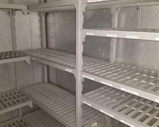 Heavy Duty Plastic Metro Racks In Cooler