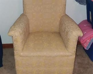 Nice chair for apartment or bedroom
