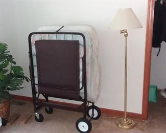 Roll away bed, great for guests