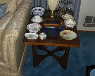 One of a pair of Broyhill Brasilia Side Tables  Pair of Lenox lamps