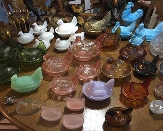 Rare Collection Of Hen On Nest  including Pink Depression Ware, Milkglass, Carnival Glass Blue Swirl & Jadeite to name a few🙌