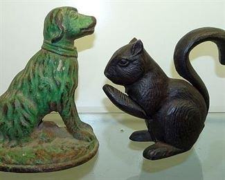 Cast Iron Dog Door Stop, Squirrel Nut Cracker