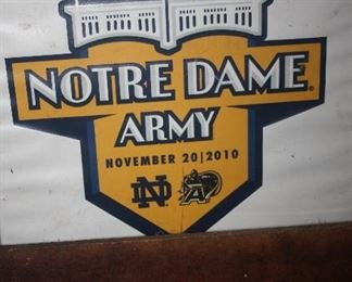NOTRE DAME / ARMY SEAT CUSHION