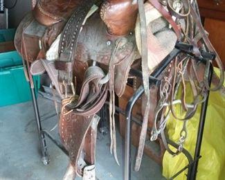 Western Saddle, Saddle Blankets, Bridles & Reins, Horse Brass, even Horse Collar Mirror