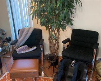 Patrician Furniture style of milo baughman