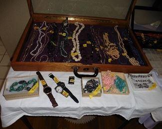 ·Costume Jewelry (vintage & current)