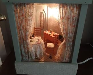 Unusual decoupage dollhouse lamp
