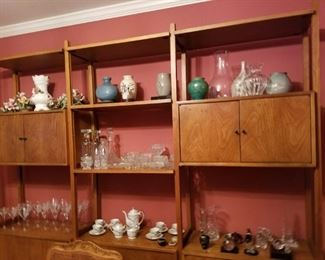 MID-CENTURY CABINET AND GLASSWARE