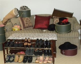 SHOES AND DECOR