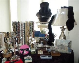 VINTAGE JEWELRY AND TOP HAT & FURS
