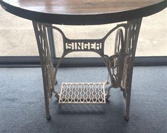 Singer machine table.