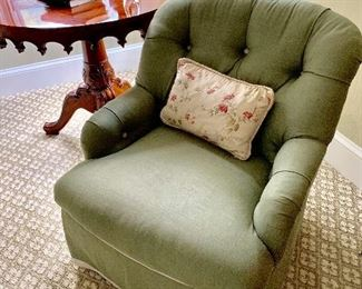 Tufted back skirted sitting chair.  Linen upholstery with contrasting trim from Kellogg Collection.