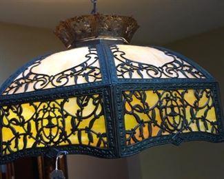 Hanging slag glass hanging lamp.- Antique
