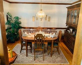 Thomasville Table & 6 Chairs