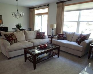 COMPLETE LIVING ROOM SOFA / LOVESEAT / COFFEE TABLE WITH STORAGE SHELF / 2 END TABLES WITH STORAGE SHELF / TABLE LAMP