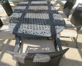 Oval Patio Table & 6 Chairs Martha Stewart