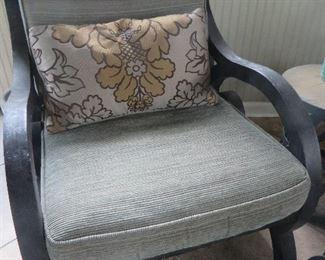 Lightweight Cast Aluminum Patio Chair