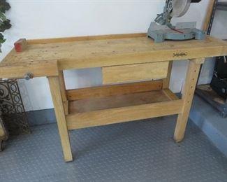 WhiteGate Work Bench