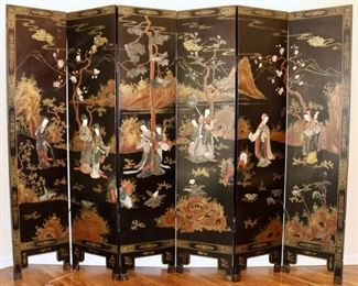 Magnificent Antique Chinese hardwood and inlaid screen