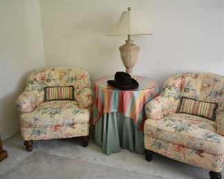 2 UPHOLSTERED CHAIRS, ACCENT TABLE, LAMP