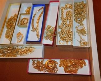 Costume Jewelry (TO BE SOLD BY THE BAG FULL)