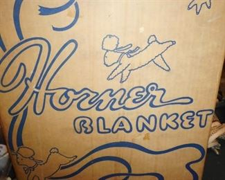 Horner Blanket in Box