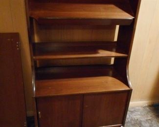 Mid Century Shelves ( Removable ) Hutch