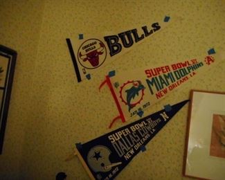 Vintage pennants 1972 Super Bowl Champ Dallas Cowboys