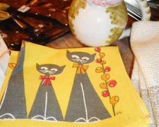 Mid Century (2) Kitty Napkins. Mid Century Hand Painted Italy Pitcher