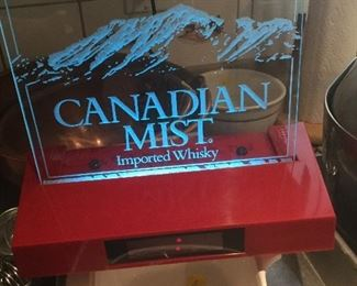 Canadian Mist Display