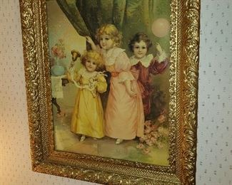 Many large ornate pictures