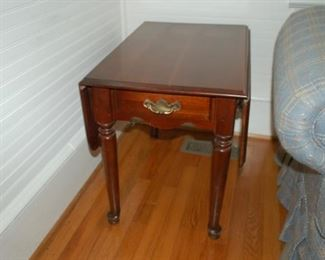 Second side table