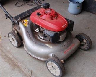 Honda Quadracut self propelled mower - runs great!