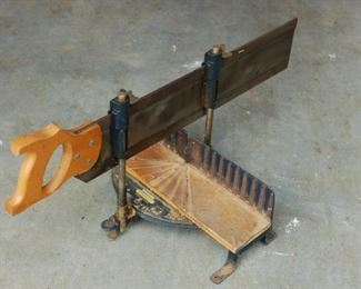 Stanley miter bench and saw