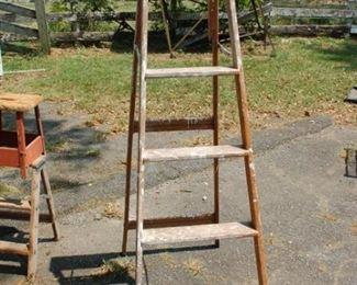 6' wood step ladder