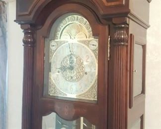 THE BEST HOWARD MILLER GRANDFATHERS CLOCK